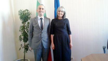 Dr. Savaş Kafkasyalı und Vizepräsidentin Margarita Popowa bei ihrem Treffen in Sofia