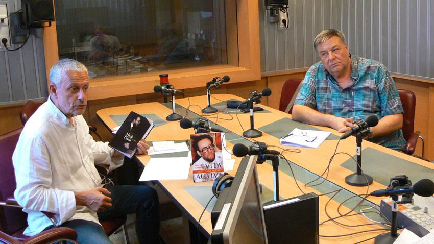 Соломон Паси (вляво) и доц. Здравко Попов