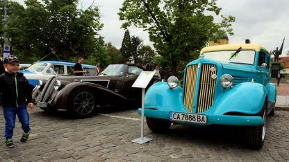 Част от уникалните ретро автомобили