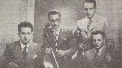 """Първият състав на квартет """"Аврамов"""" (1936): (от ляво надясно) Марин Големинов – цигулка, Георги Константинов – виолончело, Стефан Сугарев – виола, Владимир Аврамов – цигулка"""