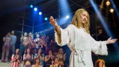 Тед Нийли влиза в ролята на Исус Христос хиляди пъти