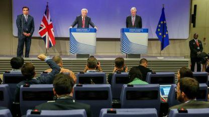 Дейвид Дейвис и Мишел Барние – представителите на Великобритания и ЕС в преговорите за Брекзит