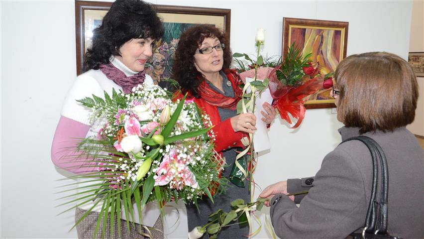 Бисерка Вълканова и Гергана Вълкова в галерия