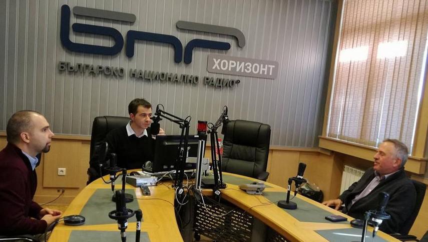 Първан Симеонов (л), Явор Стаматов, и Христо Матанов (д)