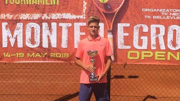 Иванов записа десета победа в Черна гора