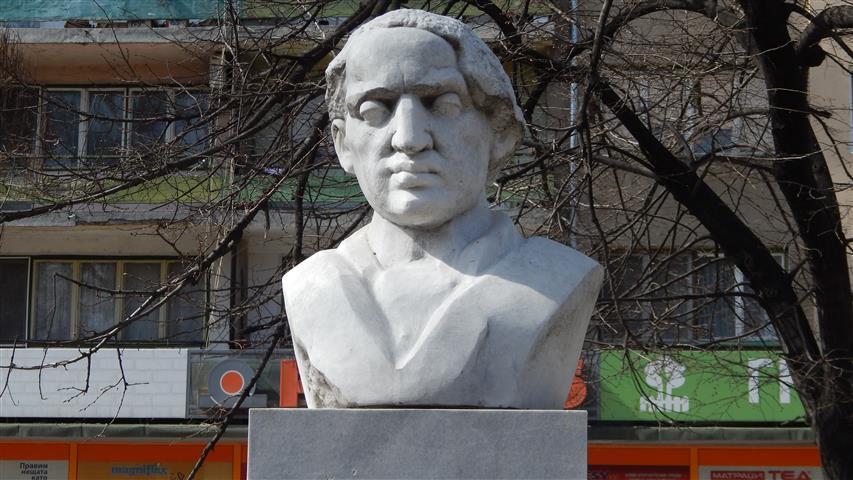 Паметникът на Жул Паскин във Видин