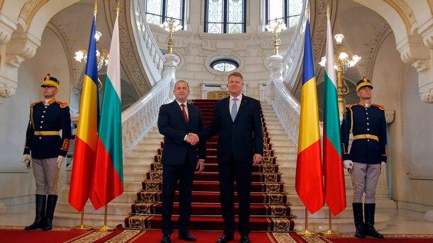 Президентите на България и Румъния -  Румен Радев и Клаус Йоханис