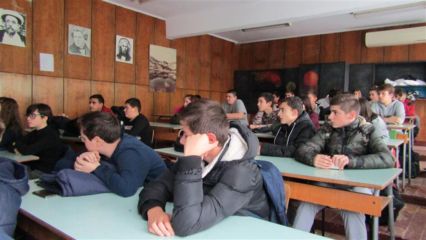 На среща с ученици във Видинската математическа, Снимка: Ваня Минева