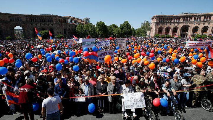 Арменският опозиционен лидер и единствен кандидат за премиерския пост Никол