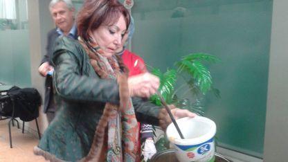 Графиня дьо Помери раздава топъл обяд
