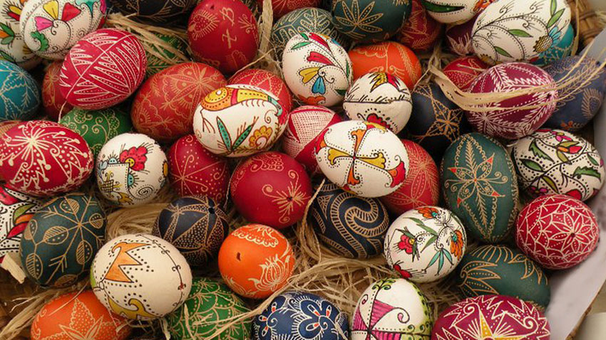 Ancient Dyeing Egg Techniques Survive Today Life