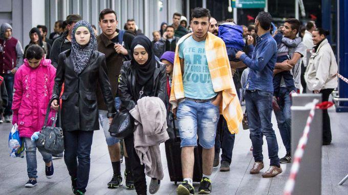 Броят на бежанците в сирийската област Идлиб достигна 900 000