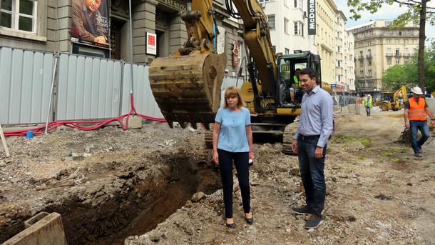 Йорданка Фандъкова и Евгени Крусев инспектират ремонтните работи