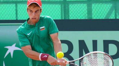 Адриан Андреев