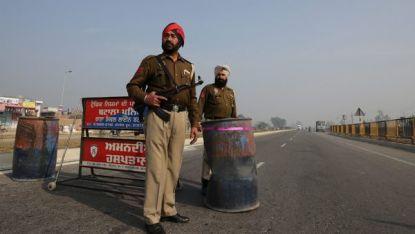 Полицията в Пенджаб прави проверки по пътищата след нападението
