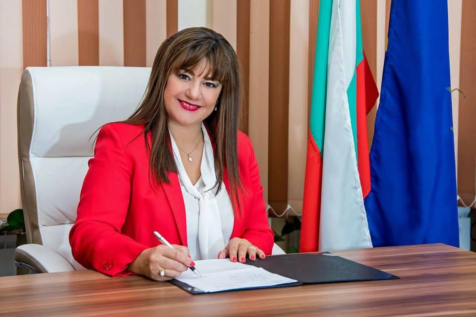 Милена Желязкова, директор на Второ основно училище