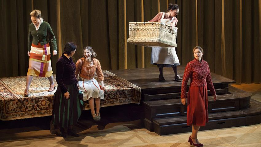 """Сцена от операта """"Фалстаф"""""""
