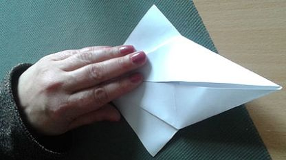 """В студиото на """"Нашият ден - практично"""" Борислава Христова ни показа как се прави оригами."""