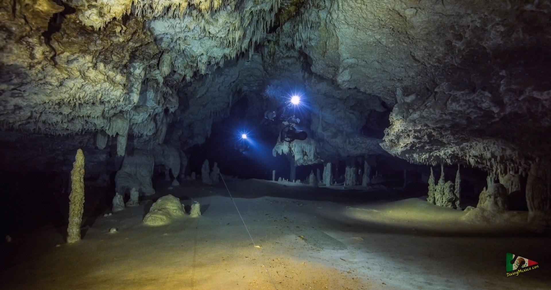 """Пещерата Икстлан - най-дългата подводна пещера с един единствен вход в света, изследователски проект на българската школа по пещерно гмуркане """"Дайвинг Мексико"""""""