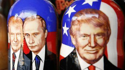 Ликовете на руския и американския президент върху традиционни руски матрьошки