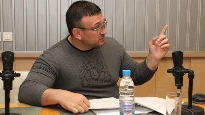 Младен Маринов в студиото на БНР