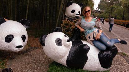 Нели в царството на бамбука и пандите
