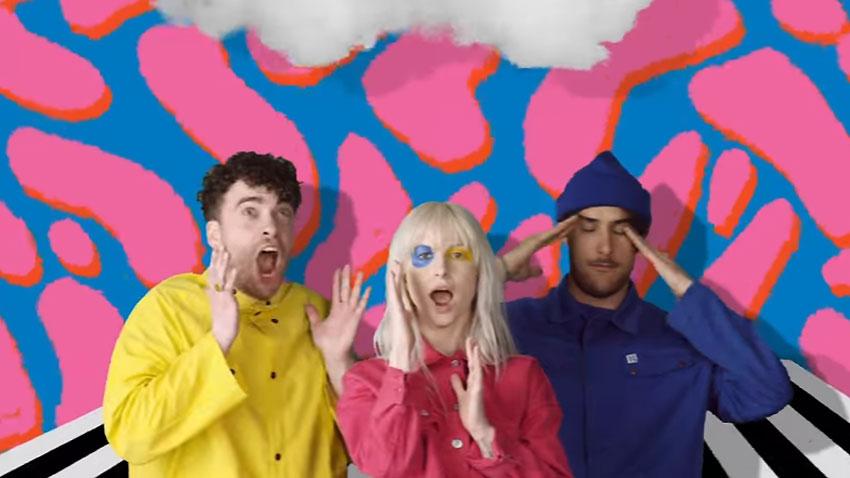 Paramore в кадър към актуалния сингъл Hard Times