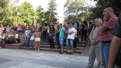 Следващата битка за военното поделение ще е в понеделник, на 25-и август, когато във Враца идва министър Велизар Шаламанов