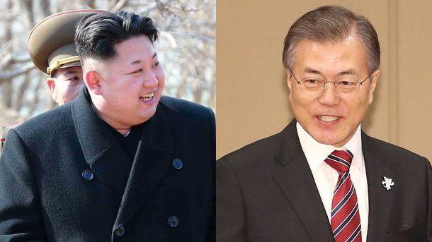 Лидерът на КНДР Ким Чен-ун (вляво) и президентът на Южна Корея Мун Дже-ин (вдясно)
