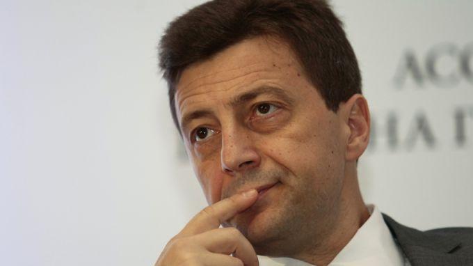 Петр Андронов