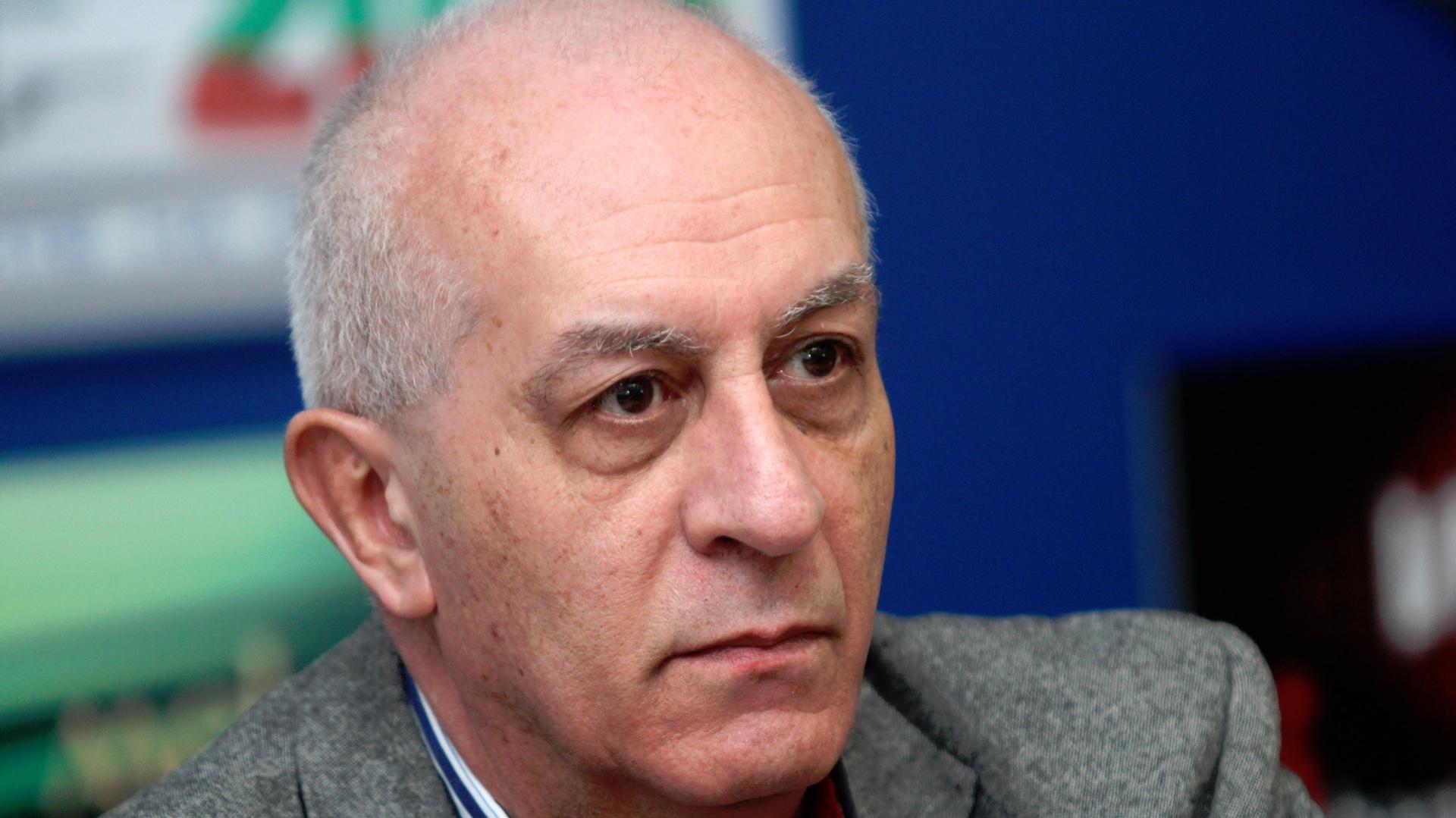Юрий Асланов