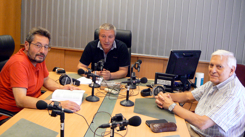 Проф. Георги Каприев, Митко Новков и проф. Ивайло Знеполски (отляво надясно) в студиото. Снимка: Кирчо Стоичков.