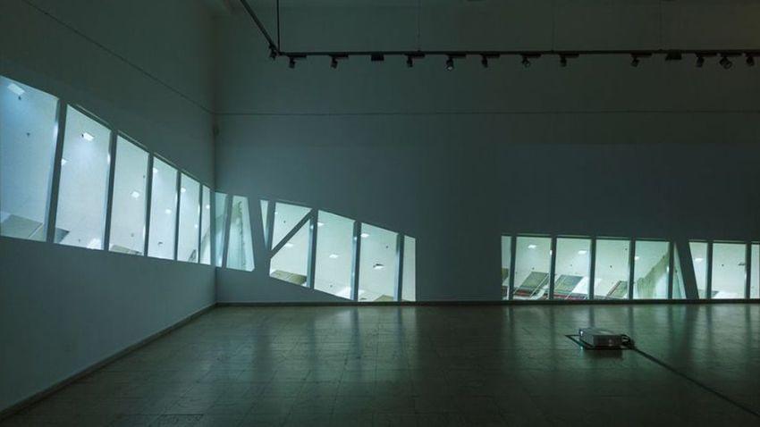 Инсталация от изложбата на Калин Серапионов Choose Training в галерия Credo Bonum