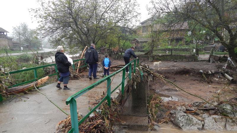 След наводнението в Плешивец