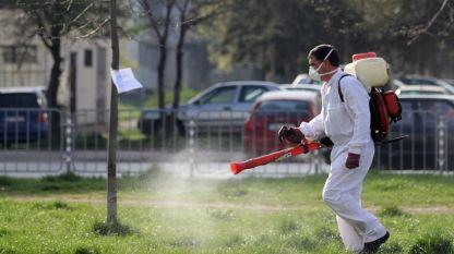 В София продължават обработките на тревните площи срещу членестоногите