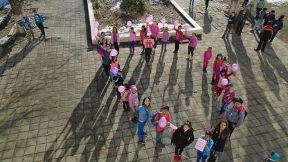 Учениците в Ново село се събраха тази сутрин, за да кажат
