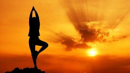 Йогата помага при артроза.