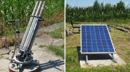 Lanzador de cohetes (i) que se alimenta de un panel solar (d), el que asegura electricidad durante toda la noche