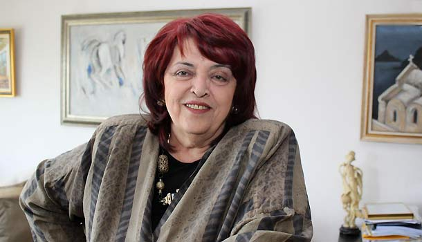 Почина световноизвестният български мецосопран Христина Ангелакова. Голямата оперна певица е