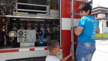 РД Пожарна безопасност и защита на населението, демонстрации, Снимка: Ваня Минева