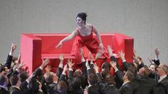 Соня Йончева в сцена от операта.
