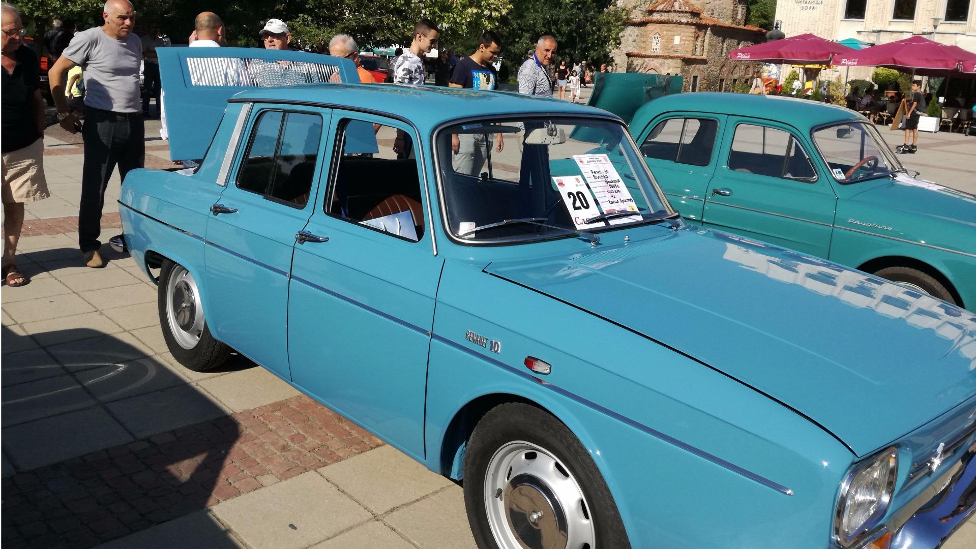 Ретроавтомобилът на Ивайло Василев от Дупница