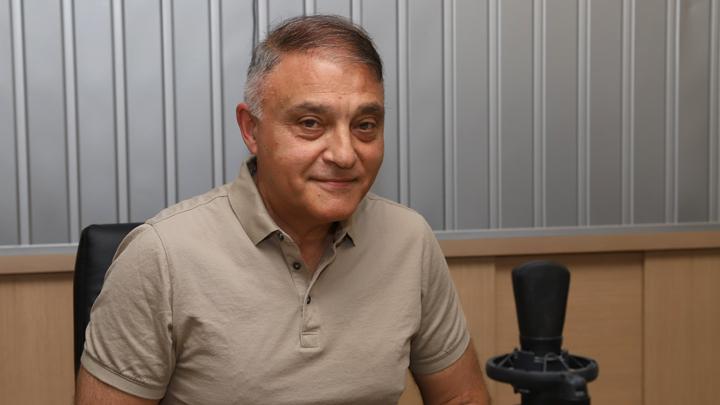 професор Добрин Свинаров