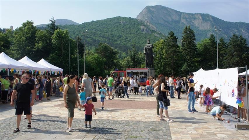 През новата учебна година във Врачанска област 63% от осмокласниците