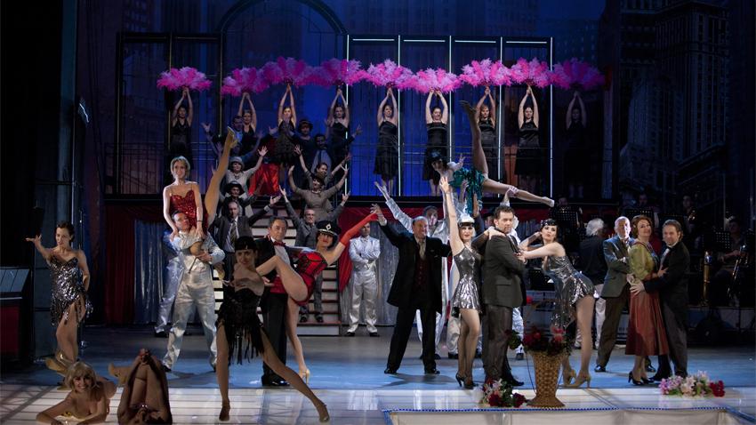 """El musical """"Chicago"""" de Bob Fosse, que hizo estallar al público en 1975 en Broadwey, por primera vez en el escenario del Teatro Musical, año 2013"""