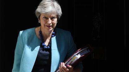 Министрите на Тереза Мей са разединени за Брекзит