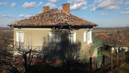 През 2016 г. мълния порази къща в монтанското село Белотници