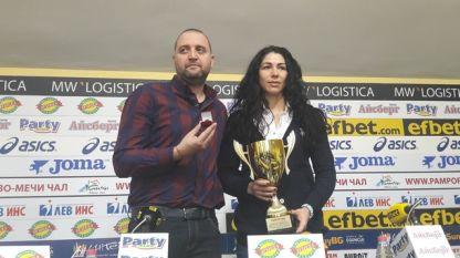 """Волейболистките на """"Марица"""" и треньорът Иван Петков са номер едно за ноември"""