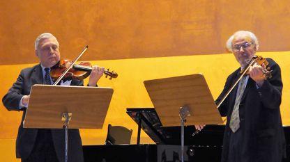 Ангел Станков (вляво) и Йосиф Радионов