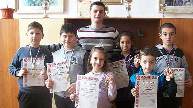 Марин Бърдарев и негови възпитаници